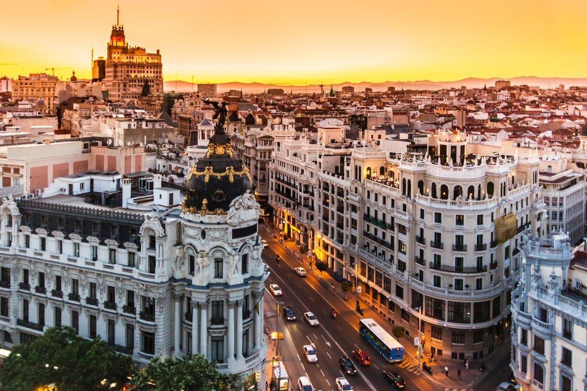 Barselona Gorod V Kotorom Stoit Pobyvat